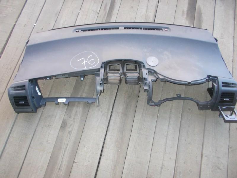 Торпедо Toyota Blade AZE150 (б/у)