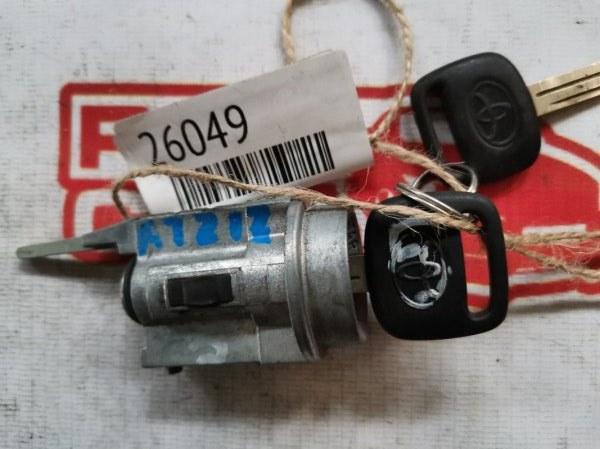 Личинка замка Toyota Carina ST210 (б/у)