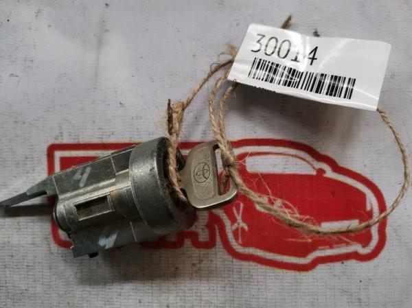 Личинка замка Toyota Corolla AE110 (б/у)