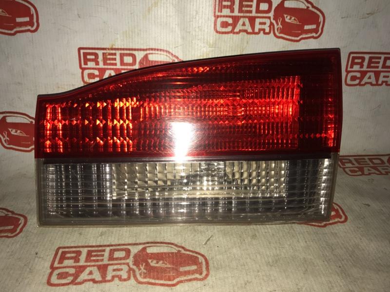 Фальшпанель Toyota Vista Ardeo SV55 задний правый (б/у)
