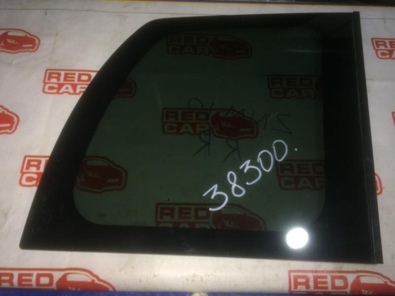 Стекло собачника Toyota Isis ZNM10 1ZZ заднее правое (б/у)