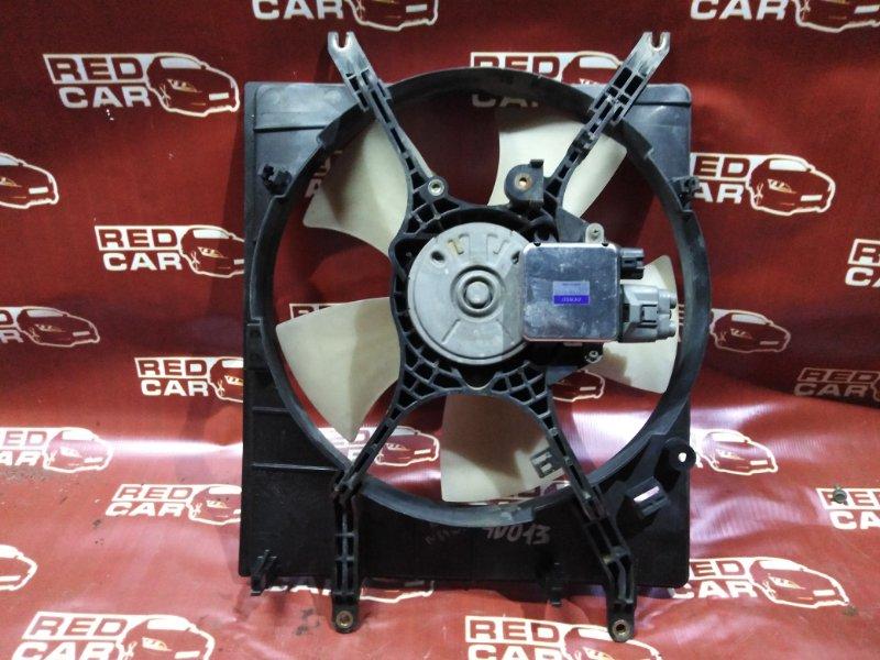 Диффузор радиатора Mitsubishi Chariot Grandis N84W правый (б/у)