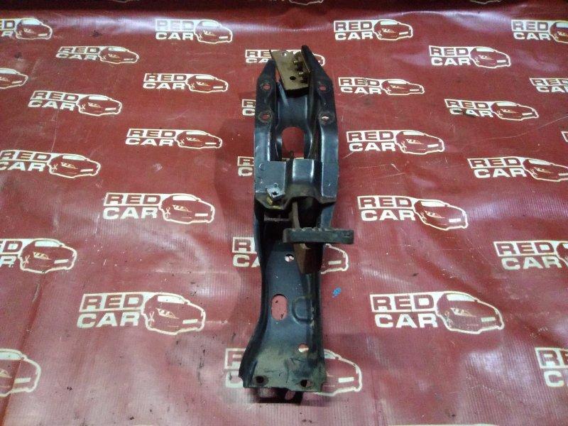 Педаль тормоза Mazda Bongo SR2AM-301398 R2 1989 (б/у)