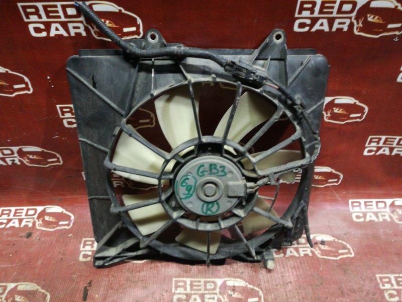Диффузор радиатора Honda Freed GB3-1040890 L15A 2008 правый (б/у)