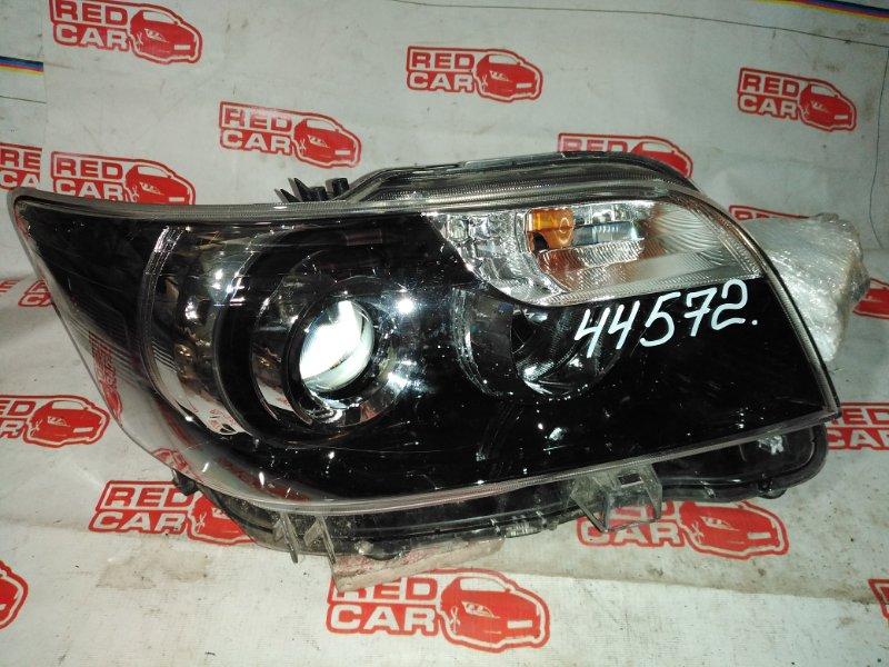 Фара Toyota Corolla Rumion NZE151 1NZ-FE правая (б/у)