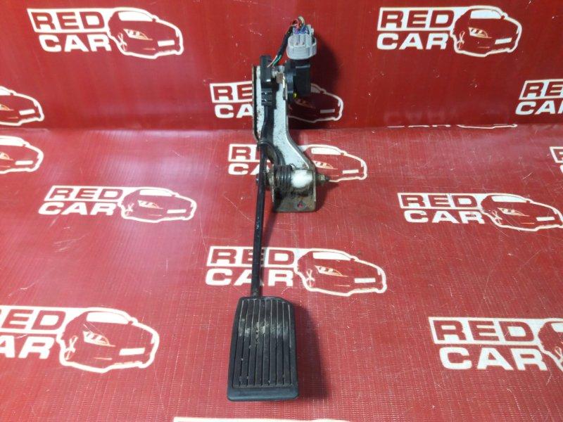 Педаль газа Nissan Serena TNC24-205079 QR20 2002 (б/у)