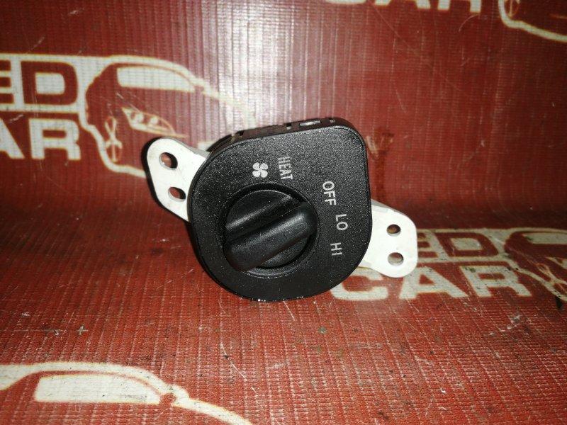 Кнопки прочие Toyota Kluger MCU25-0158984 1MZ 2003 (б/у)