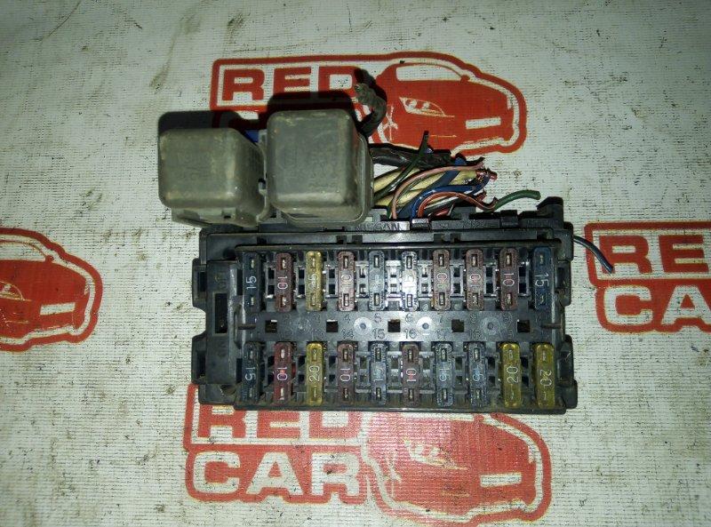 Блок предохранителей Nissan Caravan VRMGE24 TD27 (б/у)
