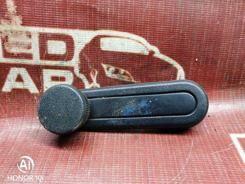 Ручка стеклоподъемника Toyota Sprinter Carib AE114-7000502 4A 1995 передняя правая (б/у)
