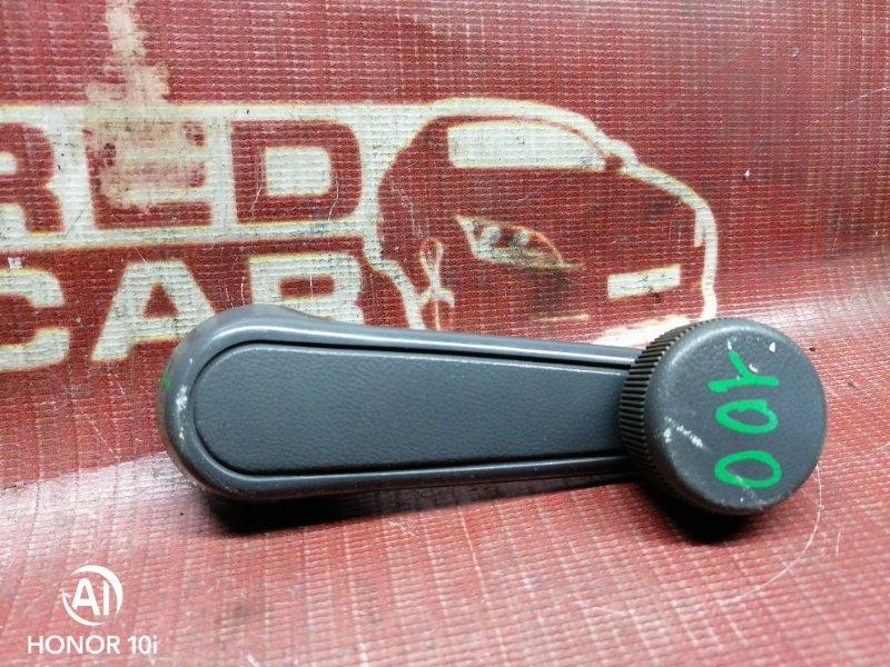 Ручка стеклоподъемника Toyota Hilux Surf KZN130-9063606 1KZ 1995 передняя правая (б/у)