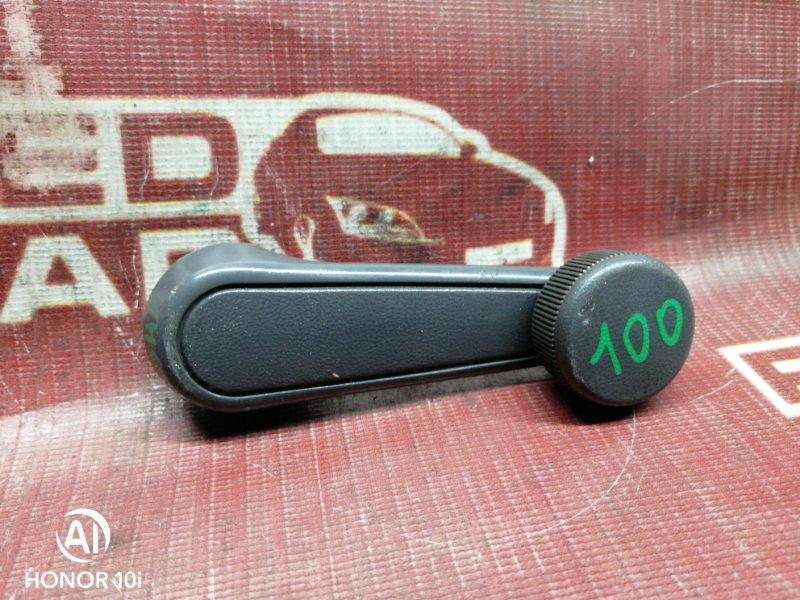 Ручка стеклоподъемника Toyota Hilux Surf KZN130-9063606 1KZ 1995 передняя левая (б/у)