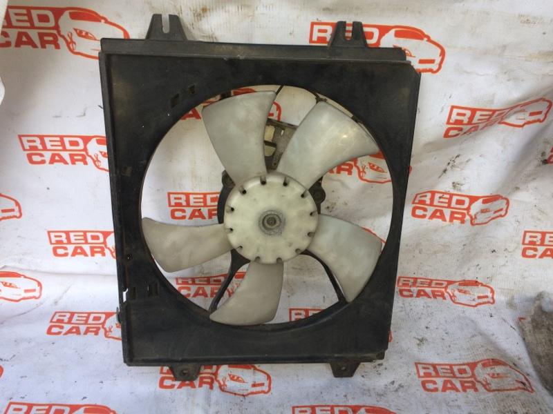 Диффузор радиатора Mitsubishi Diamante F12A (б/у)