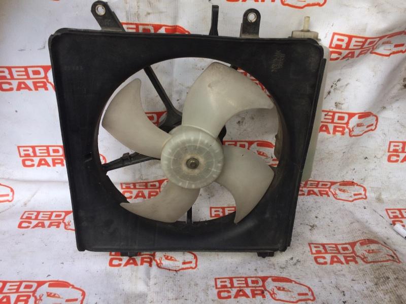 Диффузор радиатора Honda Mobilio GB2 (б/у)