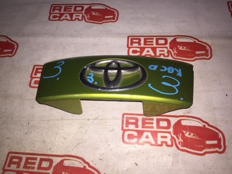 Накладка 5-й двери Toyota Passo KGC10 1KR (б/у)