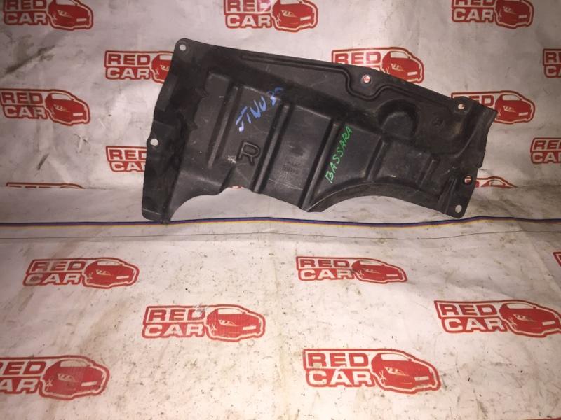 Защита двигателя Nissan Bassara JTNU30 QR25 передняя правая (б/у)