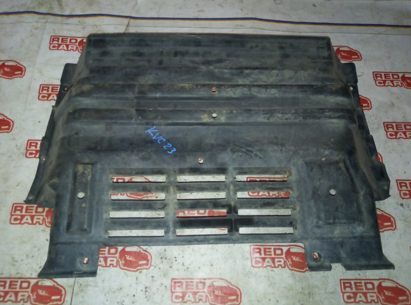 Защита двигателя Nissan Serena KVNC23 CD20 передняя (б/у)
