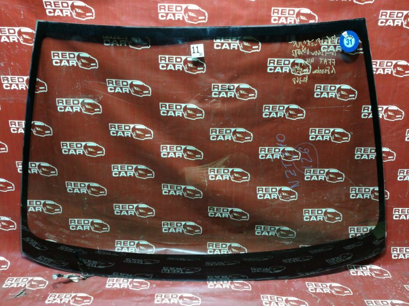 Стекло Toyota Premio NZT240-0034712 1NZ 2002 переднее (б/у)
