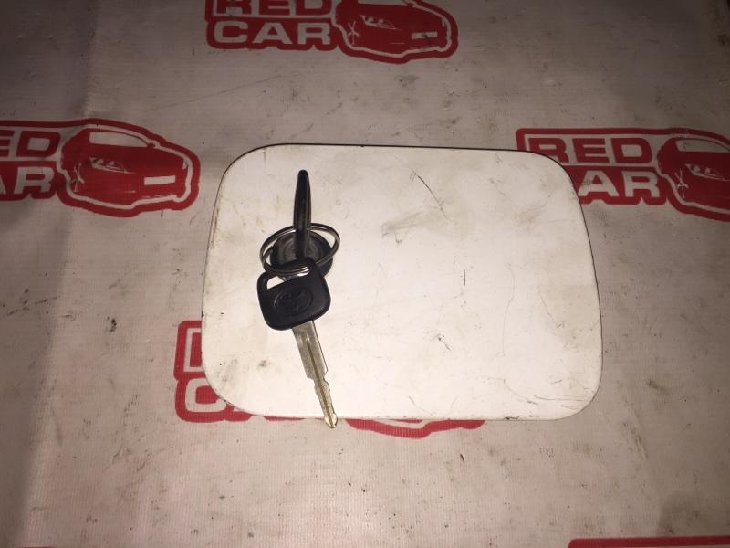 Лючок бензобака Toyota Caldina CT198 2C (б/у)