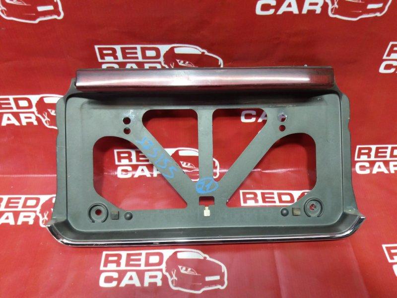 Рамка для номера Toyota Crown JZS155-0058446 2JZ-GE задняя (б/у)