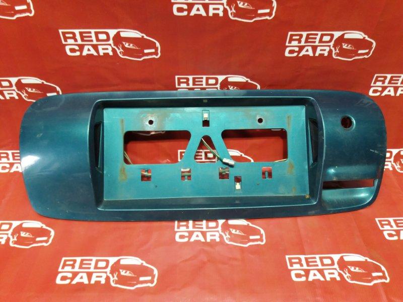Рамка для номера Toyota Sprinter Carib AE114-7000502 4A 1995 задняя (б/у)