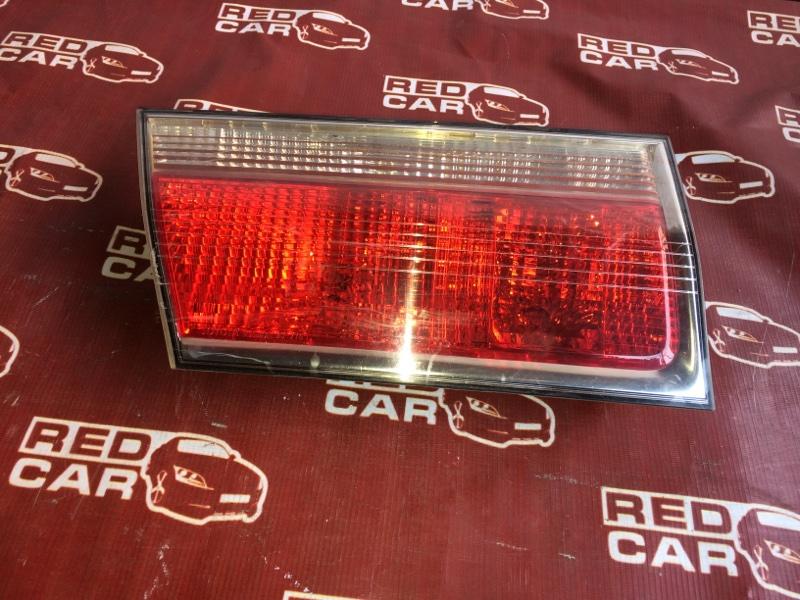 Фальшпанель Toyota Crown JZS171 задний левый (б/у)