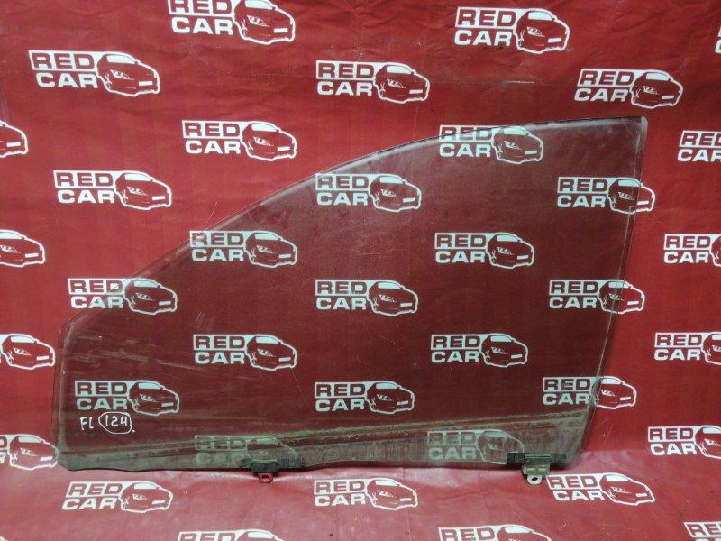 Стекло двери Toyota Vitz NCP15-0018671 2NZ 2000 переднее левое (б/у)