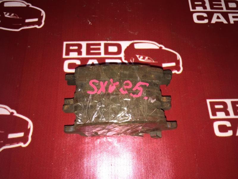 Тормозные колодки Toyota Camry Gracia Wagon SXV25 5S переднее (б/у)