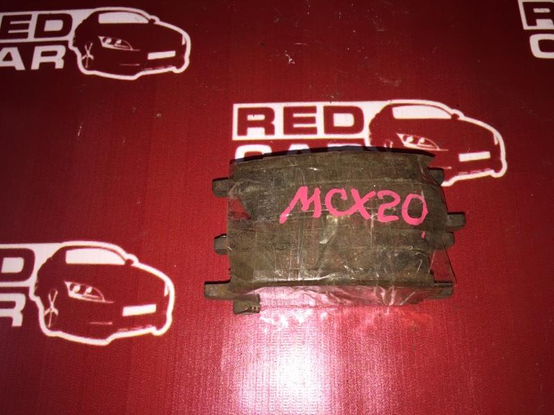 Тормозные колодки Toyota Pronard MCX20 1MZ-FE переднее (б/у)