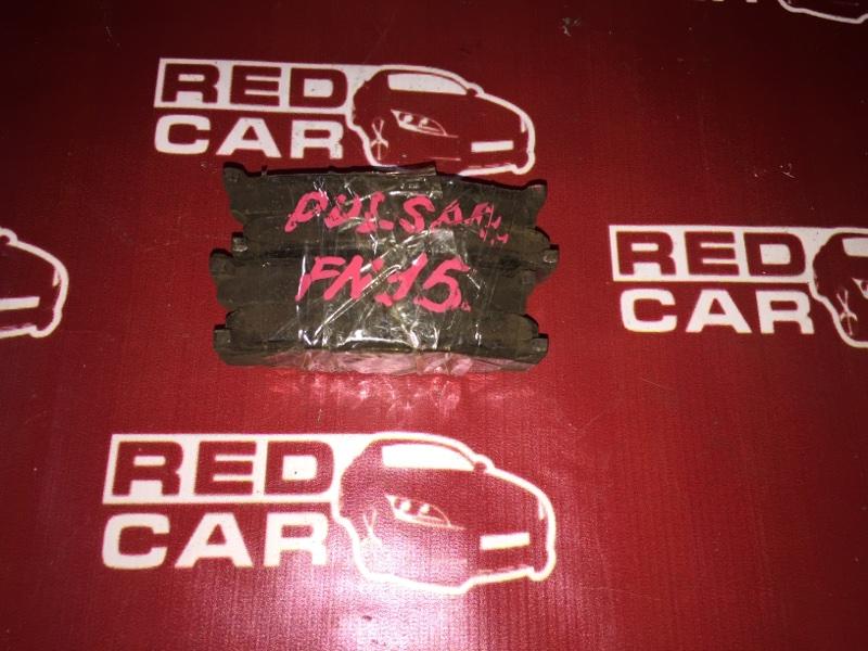 Тормозные колодки Nissan Pulsar FN15 GA15 переднее (б/у)