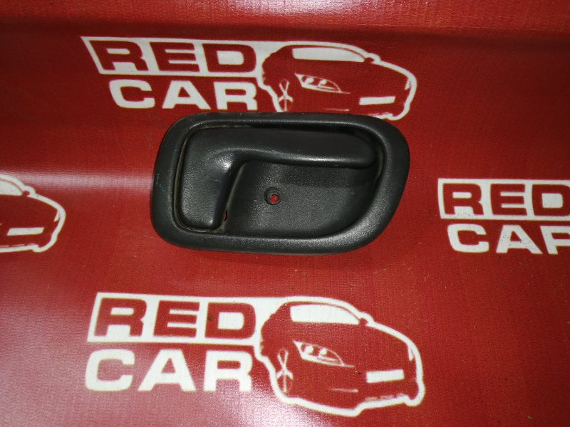 Ручка двери внутренняя Toyota Sprinter Carib AE114-7014154 4A 2000 передняя правая (б/у)
