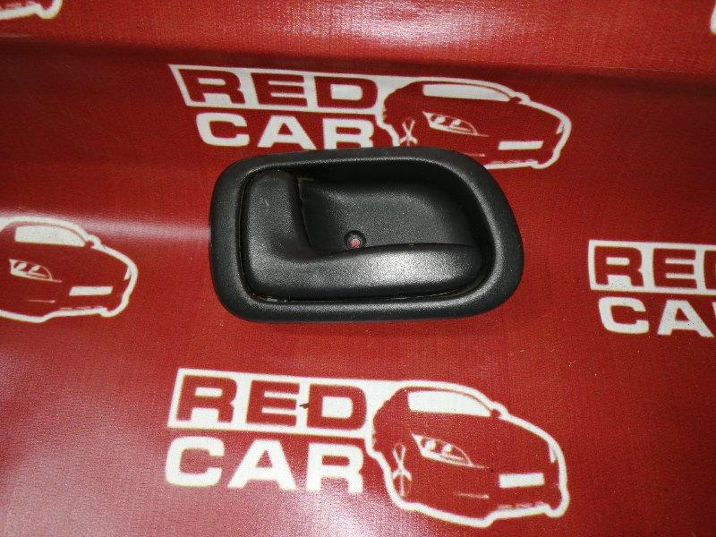 Ручка двери внутренняя Toyota Sprinter Carib AE114-7014154 4A 2000 задняя левая (б/у)