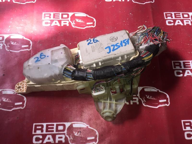 Блок предохранителей Toyota Crown JZS151 1JZ-G (б/у)