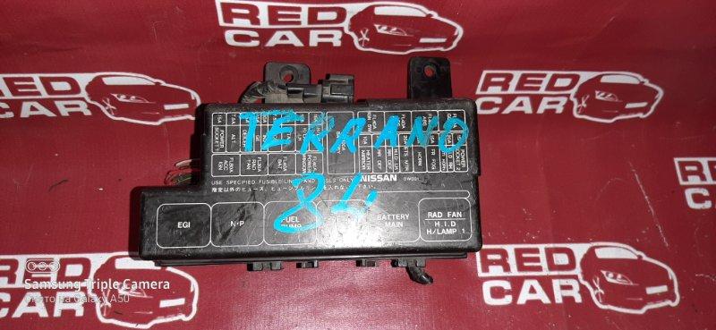 Блок предохранителей под капот Nissan Terrano LR50 VG33 (б/у)
