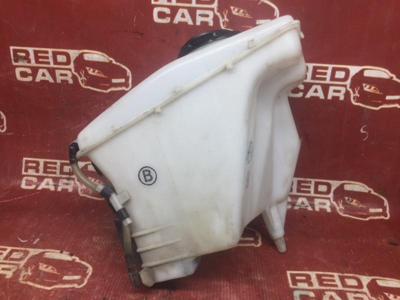 Бачок омывателя Toyota Sprinter Carib AE114-7014154 4A 2000 (б/у)