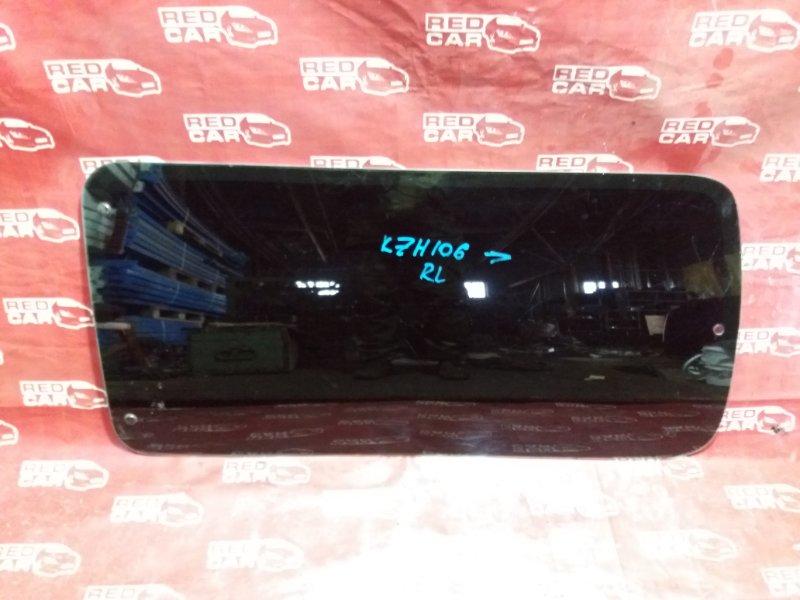Стекло собачника Toyota Hiace KZN106 заднее левое (б/у)