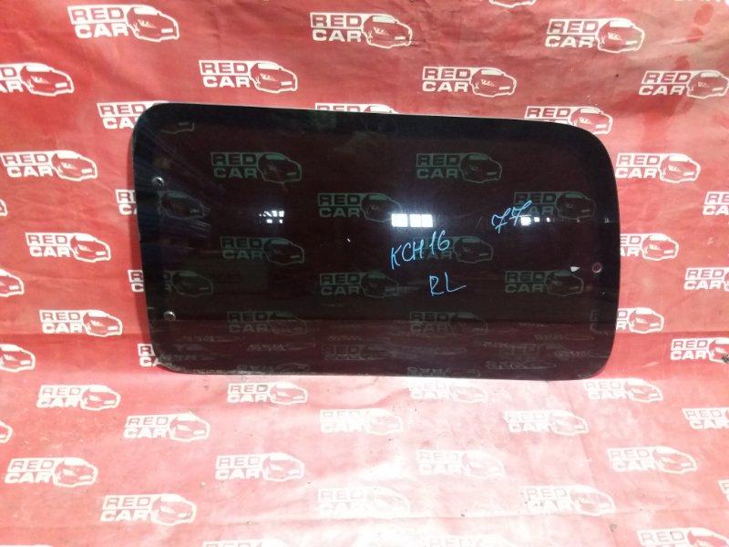 Стекло собачника Toyota Grandhiace KCH16-0031338 1KZ-TE 2002 заднее левое (б/у)