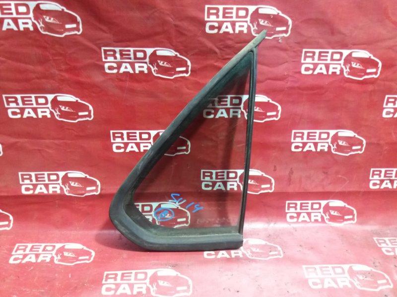Форточка двери Nissan Bluebird SU14-200171 CD20 задняя правая (б/у)