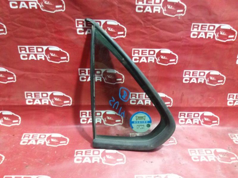 Форточка двери Nissan Bluebird SU14-200171 CD20 задняя левая (б/у)