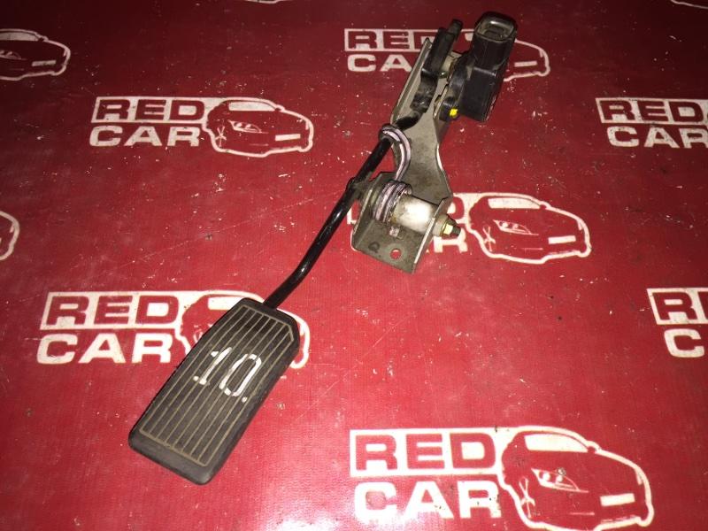Педаль газа Nissan Wingroad WHNY11 QG15 (б/у)
