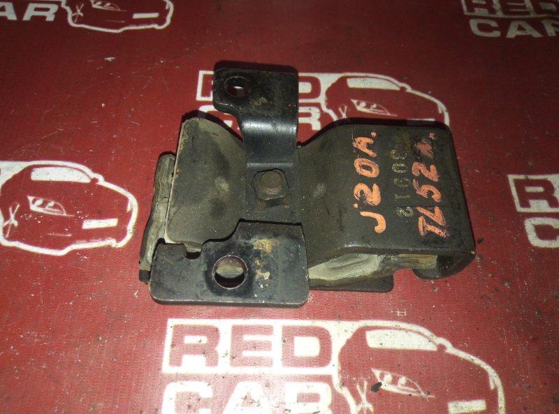Подушка кпп Suzuki Escudo TL52W J20A (б/у)