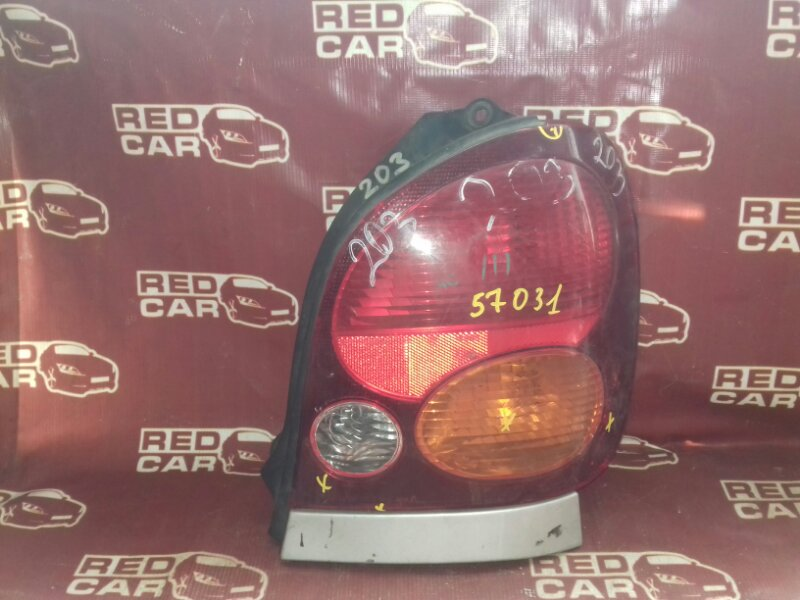 Стоп-сигнал Toyota Corolla Spacio AE111 правый (б/у)