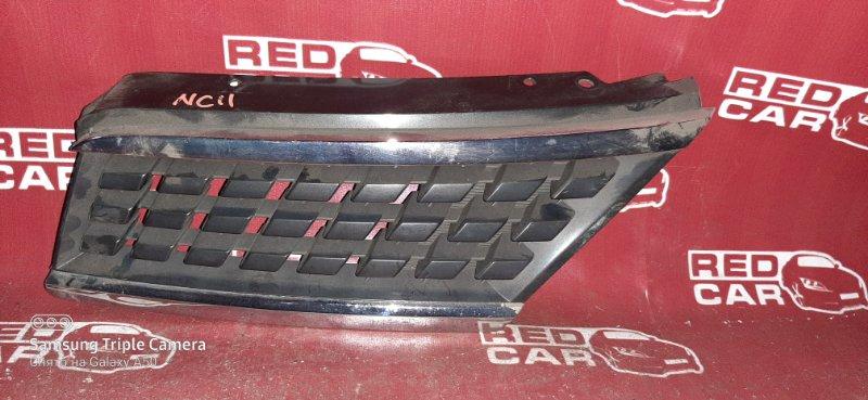 Решетка радиатора Nissan Tiida NC11 HR15 левая (б/у)