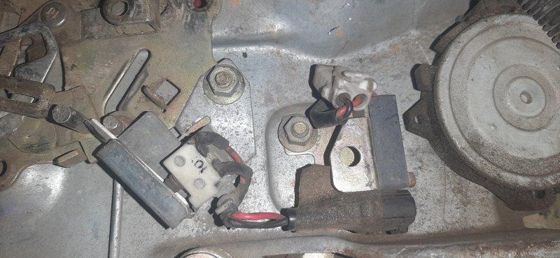 Стеклоподъемник Toyota Surf KZN130 задний правый (б/у)