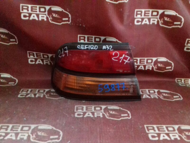 Стоп-сигнал Nissan Cefiro A32 левый (б/у)