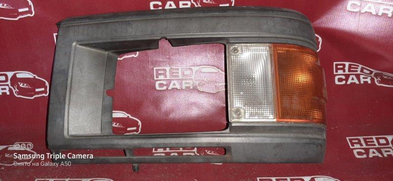 Габарит Nissan Caravan KRME24 TD27 передний левый (б/у)