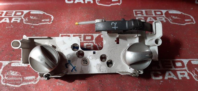 Климат-контроль Toyota Ist NCP60 1NZ (б/у)