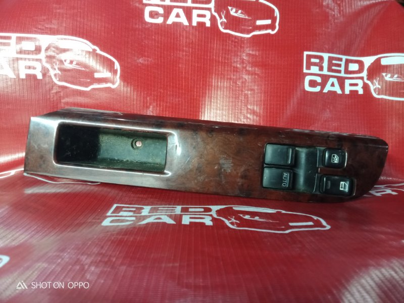 Блок упр. стеклоподьемниками Nissan Elgrand ATWE50-031295 ZD30-052057A 2000 передний правый (б/у)