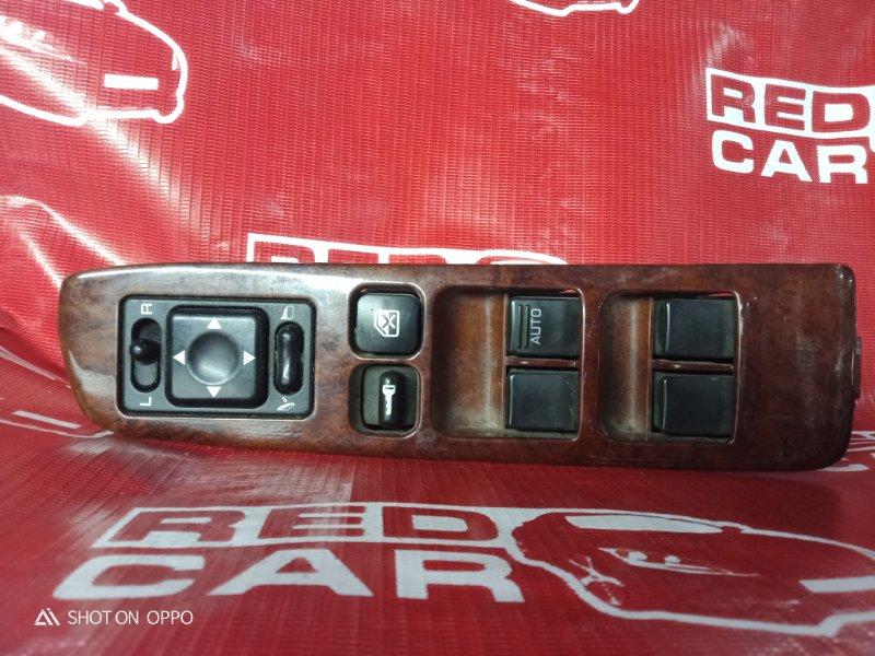 Блок упр. стеклоподьемниками Nissan Laurel GNC34 передний правый (б/у)