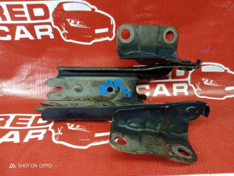 Петля капота Mazda Familia BHALP-147523 Z5-394682 1995 (б/у)