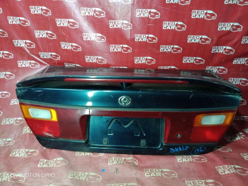 Крышка багажника Mazda Familia BHALP-147523 Z5 1995 (б/у)